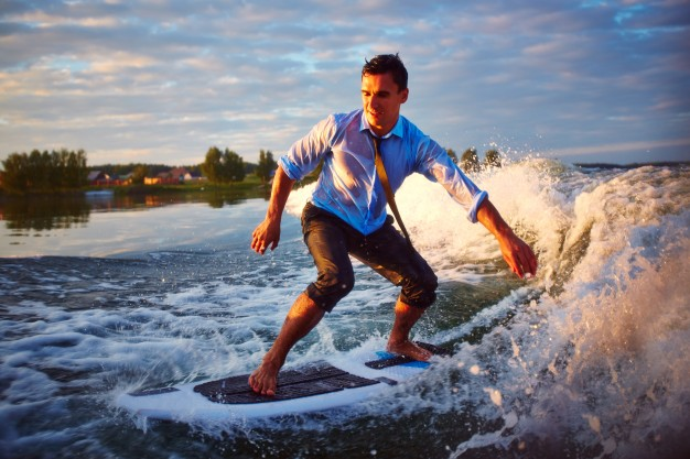 adventure-with-a-surfboard_1098-1556