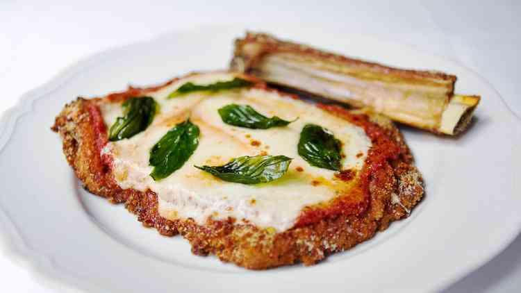 la-tr-lvn-las-vegas-restaurants-carbone-201505-002.jpg